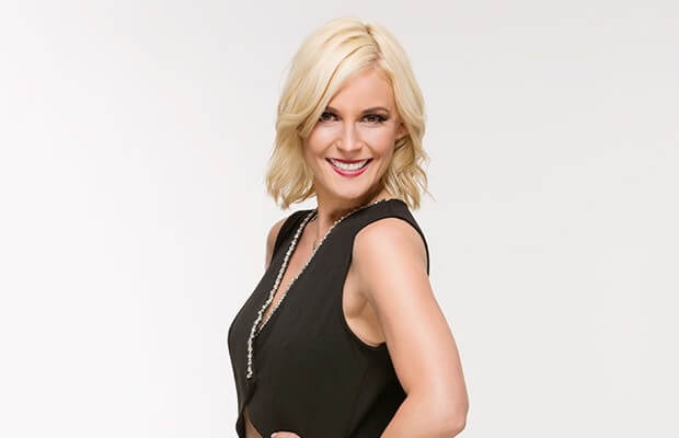 Renee Young hot side pics