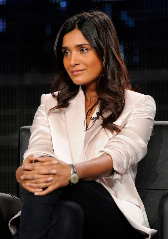 Shelley Conn on Interview