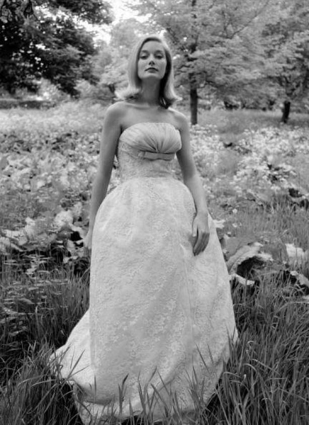 Tania Mallet awesome