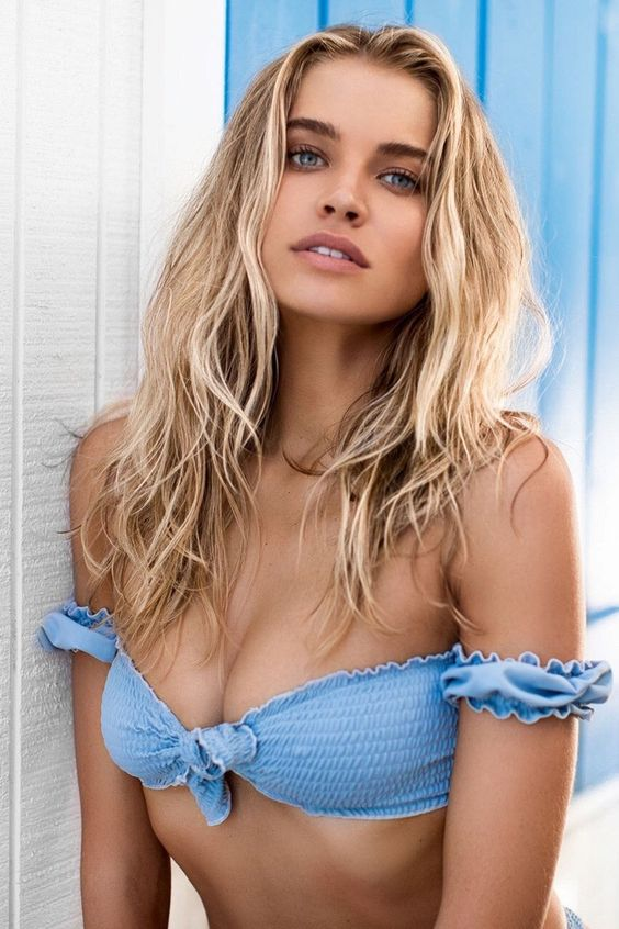 Tanya Mityushina Sexy Boobs