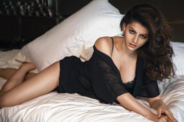 Urvashi Rautela Sexy Boobs Pics on Black Dress