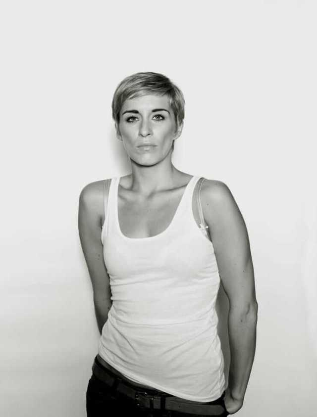 Vicky McClure sexy cleavages pciture