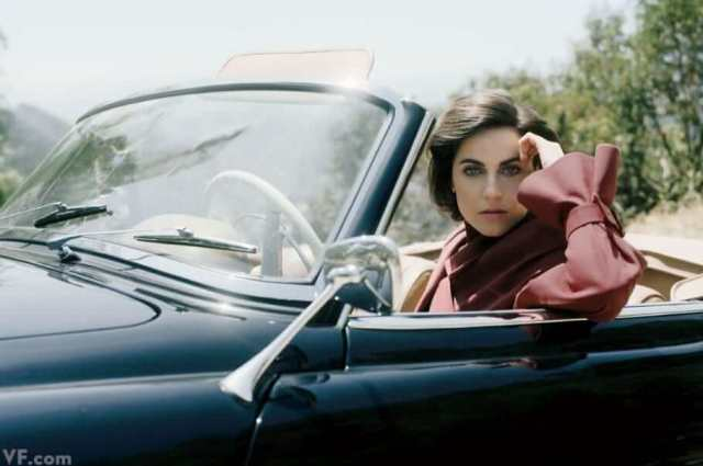 antje traue inside the car