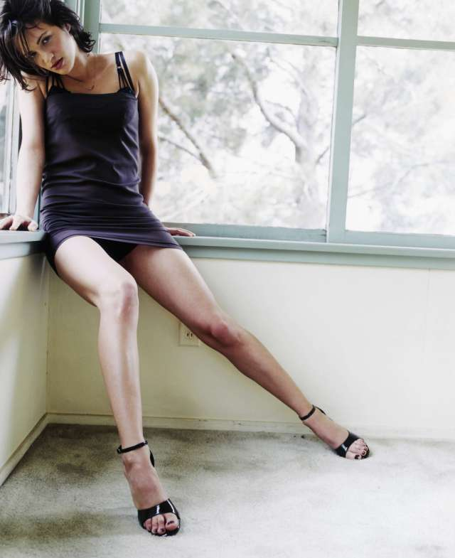 asia argento thigh photos
