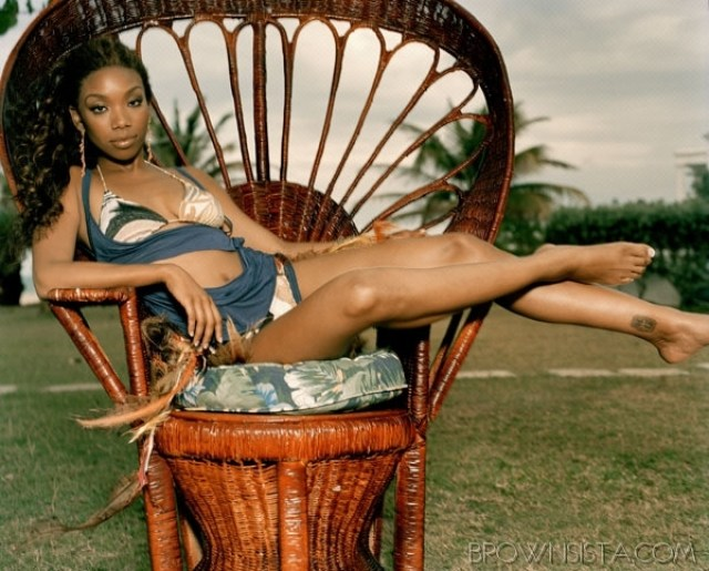 brandy norwood toes