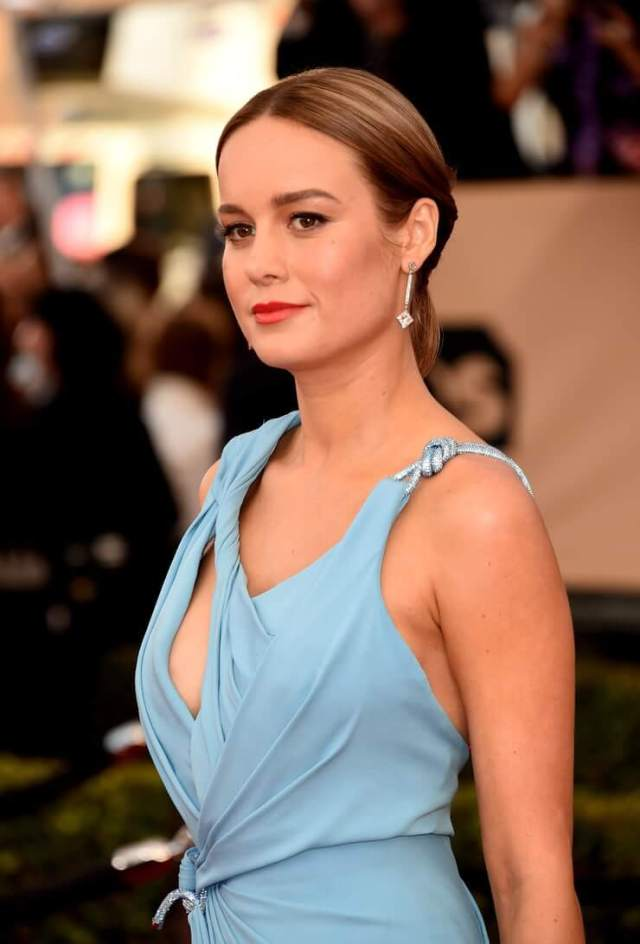brie larson hot lips