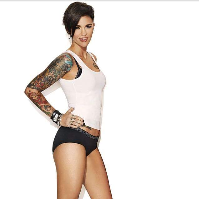 ruby rose thighs pictures