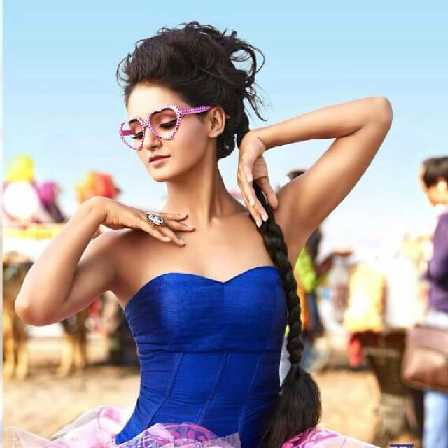 shakti mohan hot busty picture