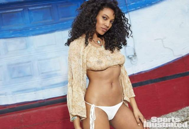 Ariel Meredith awesome pictures (2)