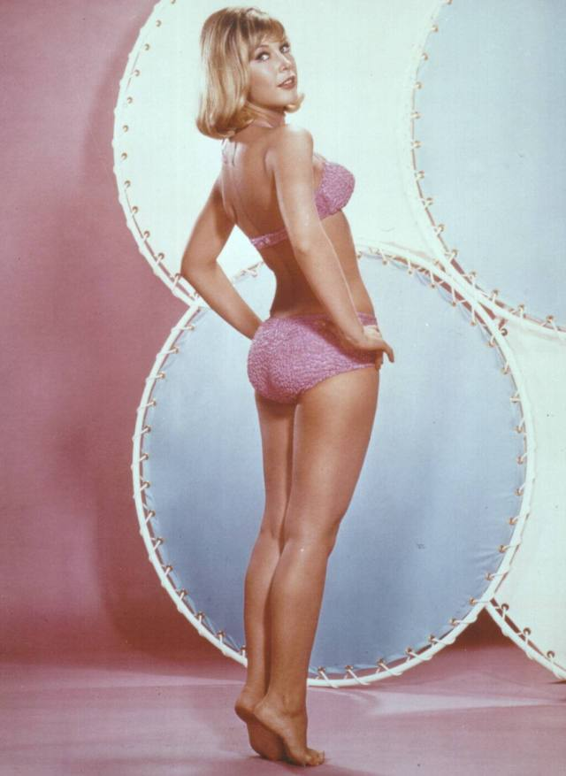 Barbara Eden SEXY ASS