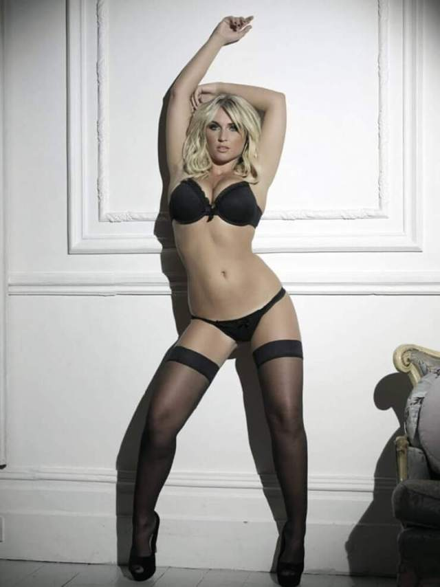 Billie faiers awesome pic'