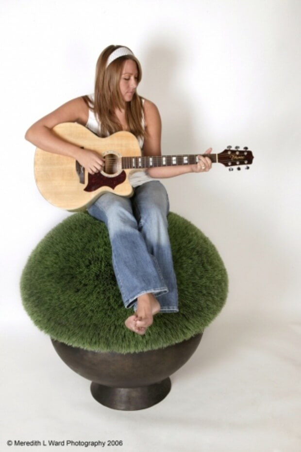 Colbie Caillat hot pictures