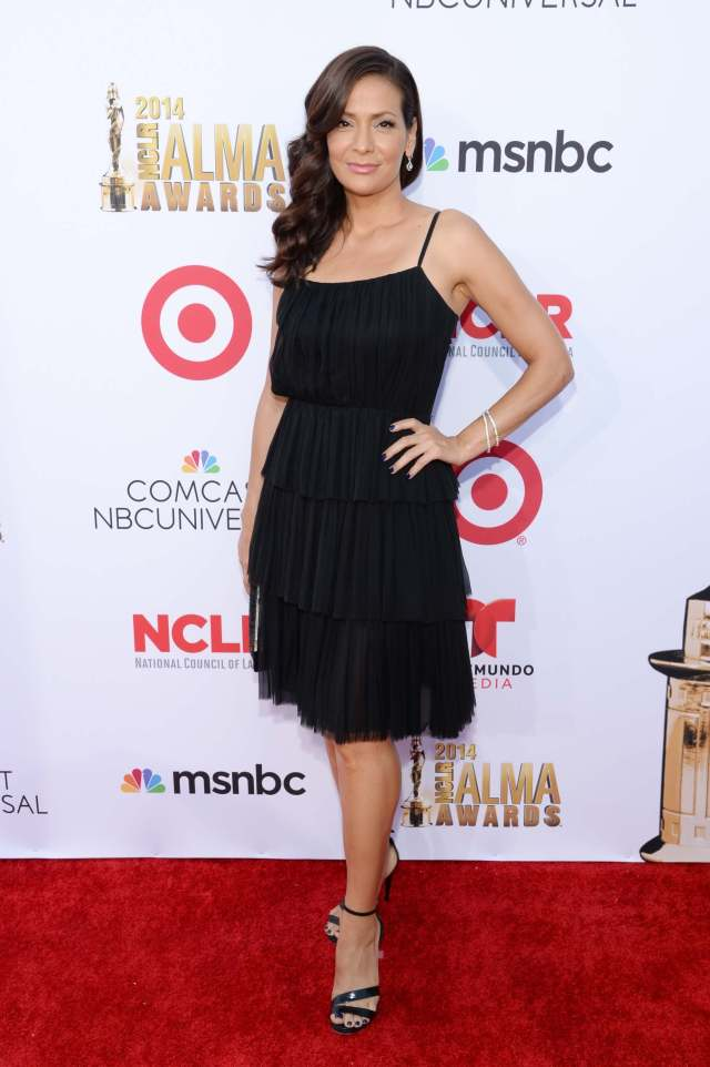 Constance Marie sexy feetts