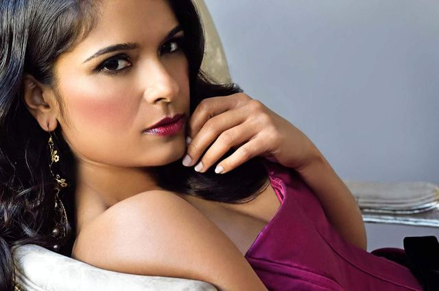 Dilshad Vadsaria awoesem pics 5