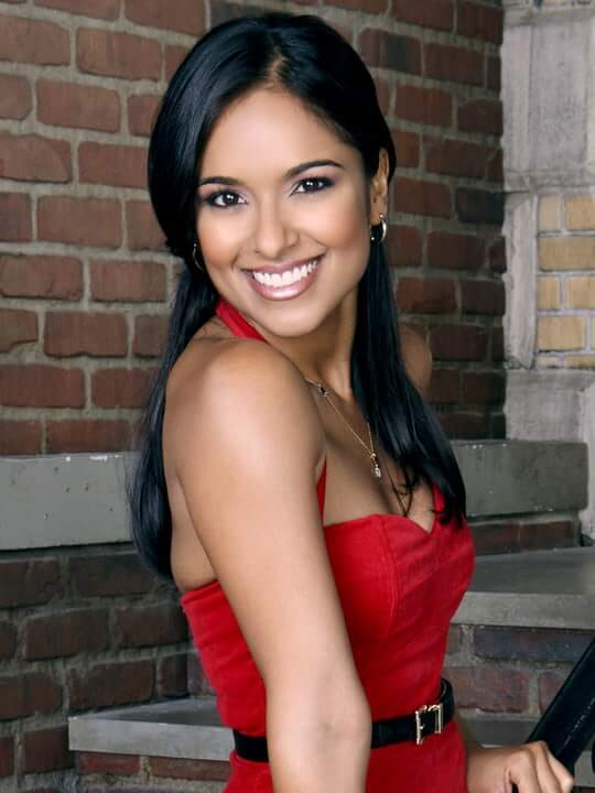 Dilshad Vadsaria red hot