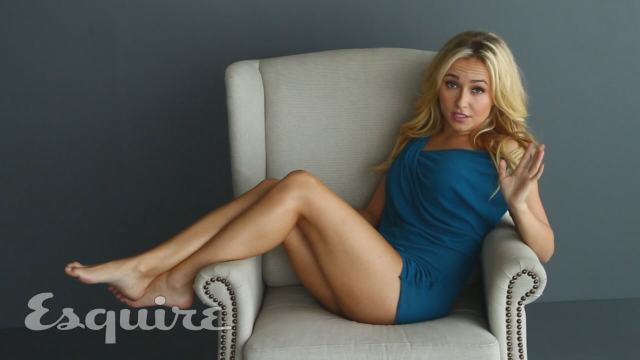 Hayden Panettiere hot leg