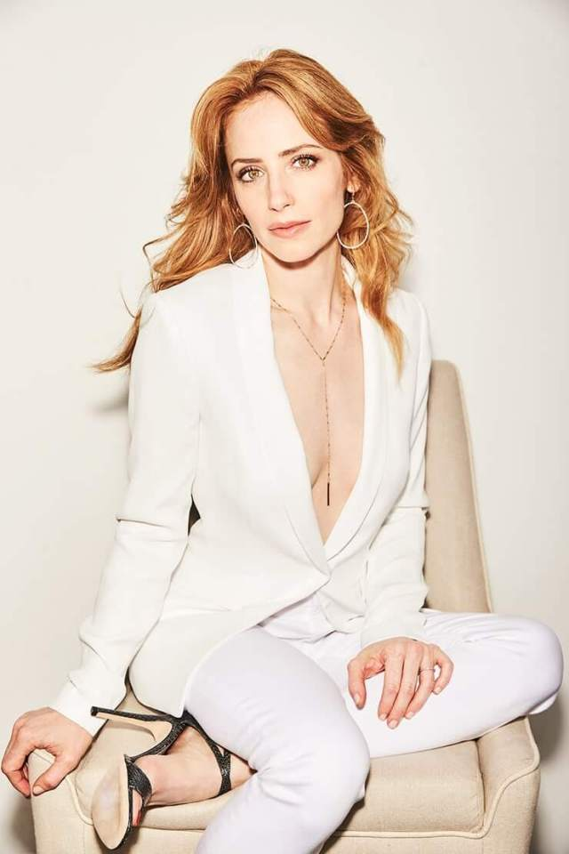Jaime Ray Newman awesome cleaavges