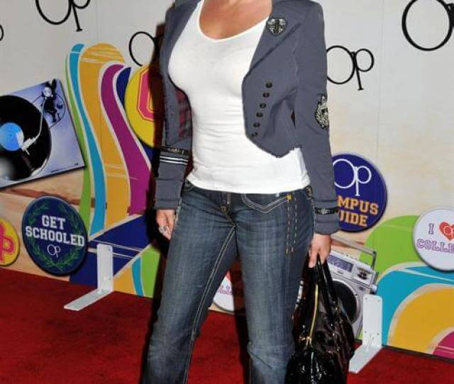 Hot Pictures Of Jodie Sweetin Are Slices Of Heaven