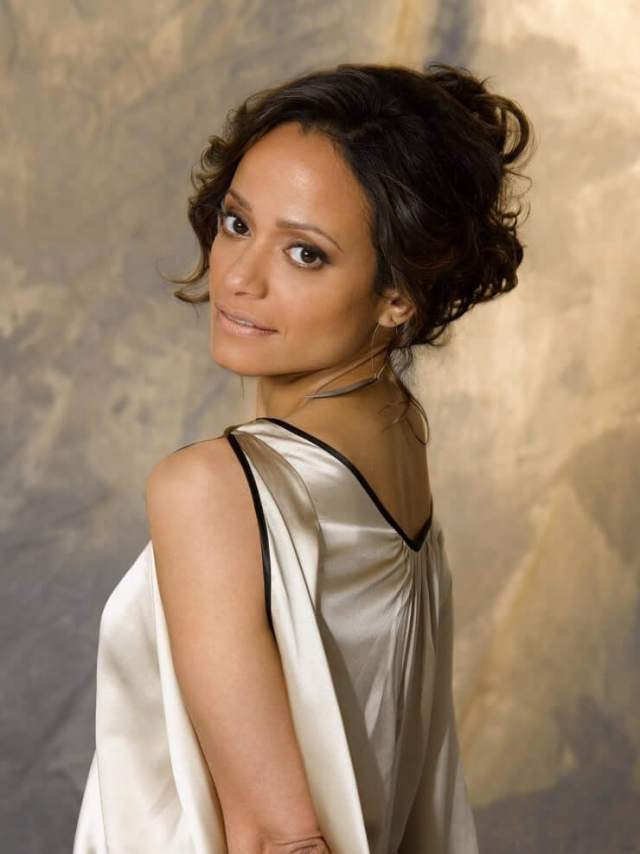 Judy Reyes sexy side look