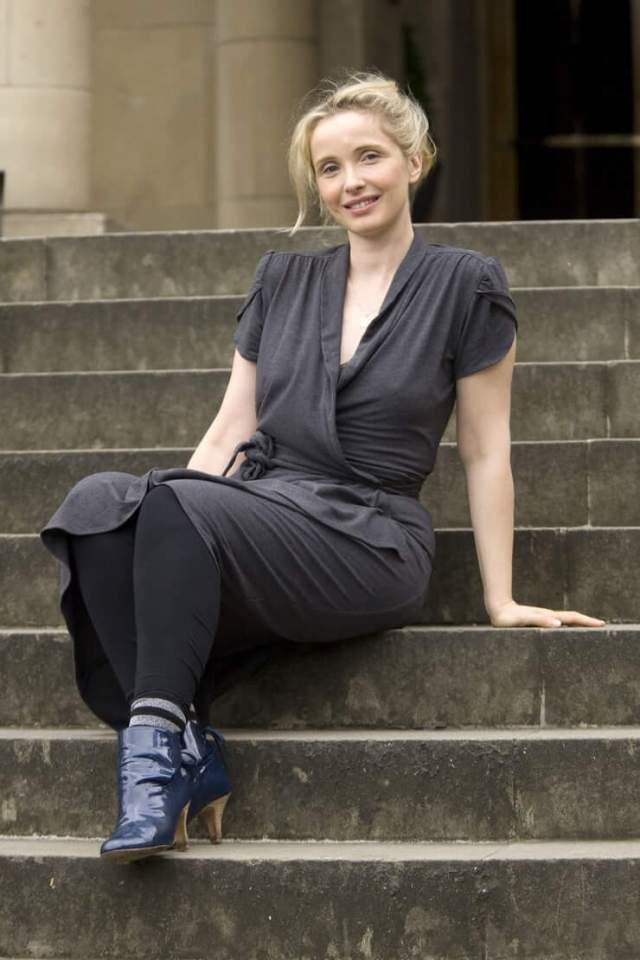 Julie Delpy sexy phtoo