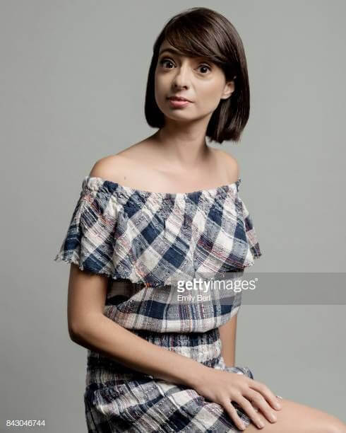 Kate Micucci hot side pics