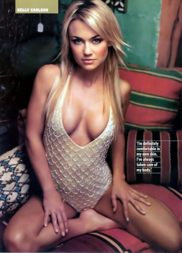 Kelly Carlson Sexy Boobs