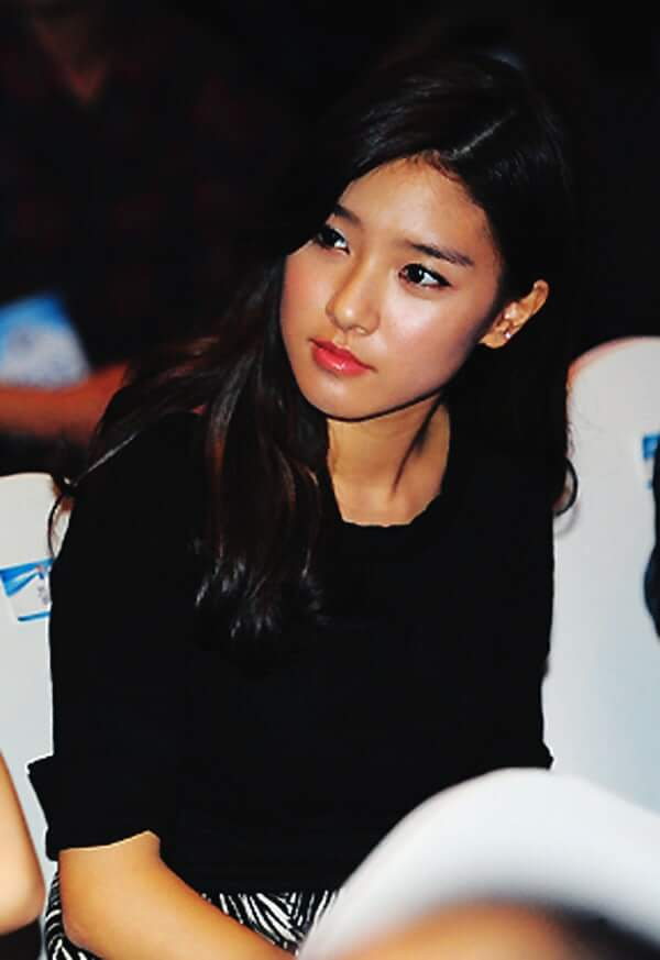 Kim So Eun awesome pictures
