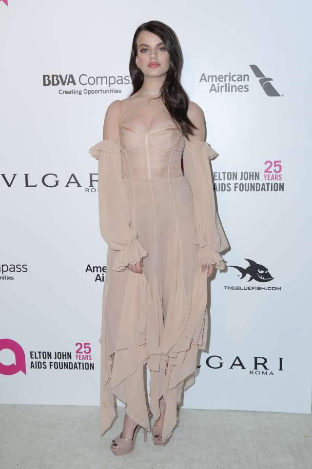 Sonia Ben Ammar long dress pics