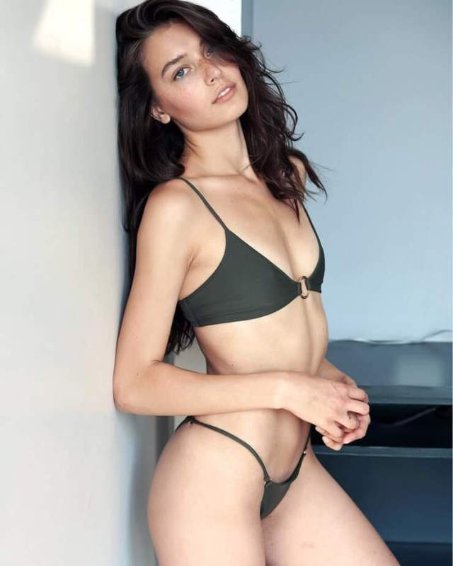 jessica clements too hot