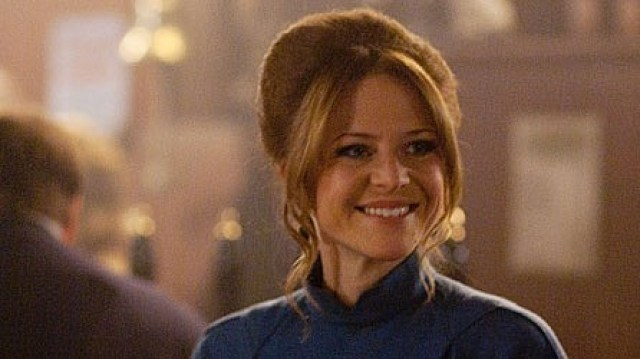 kellie bright smile face