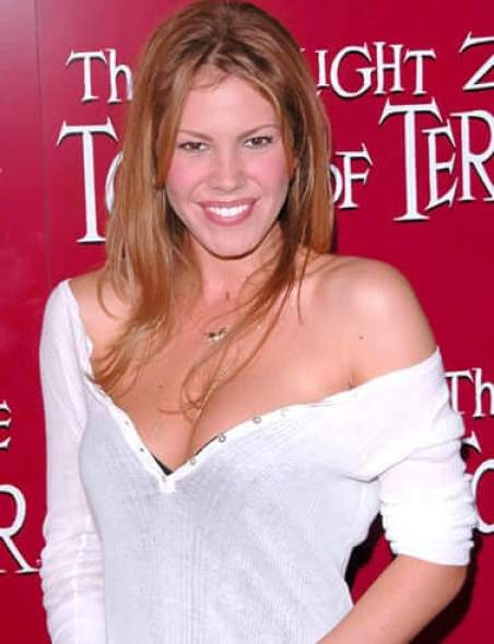 nikki cox hot smile
