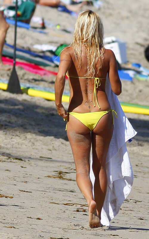 pamela anderson sexy butts pic