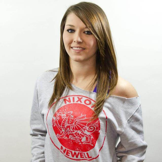 tegan nox looking beautiful