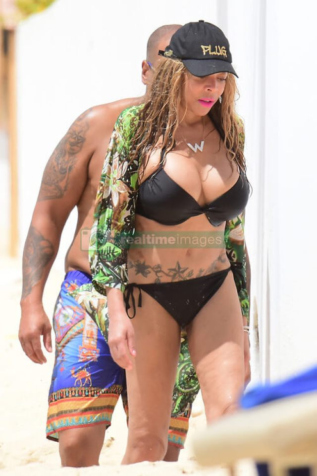 wendy williams black bikini