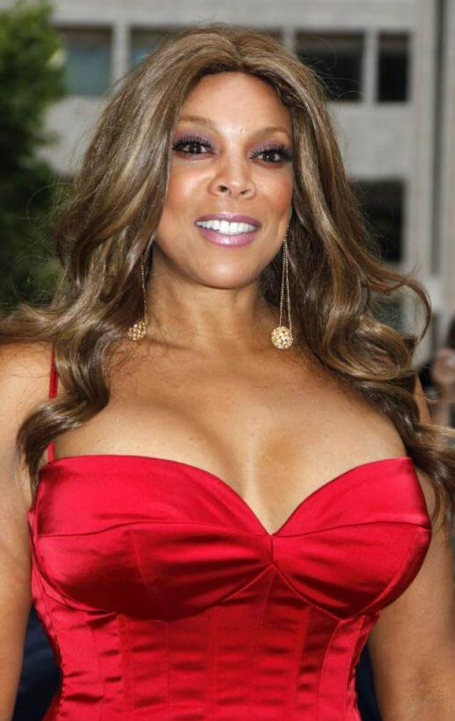 wendy williams boobs