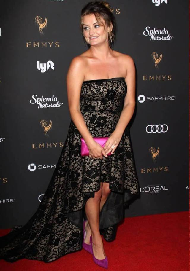 Alison Wright cleavage hot