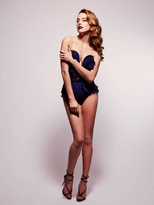 Amber Heard hot busty pictures