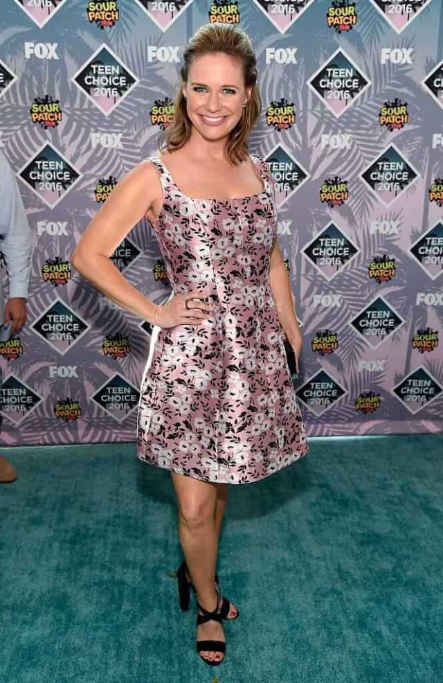 Andrea Barber awesome photos (3)