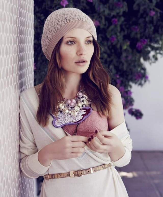 Emily Browning awesome picture