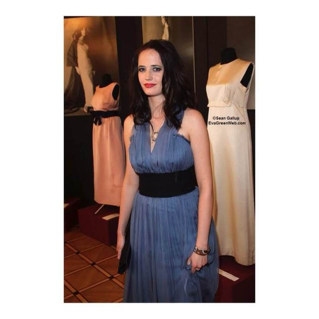 Eva-Green-hot-dress-