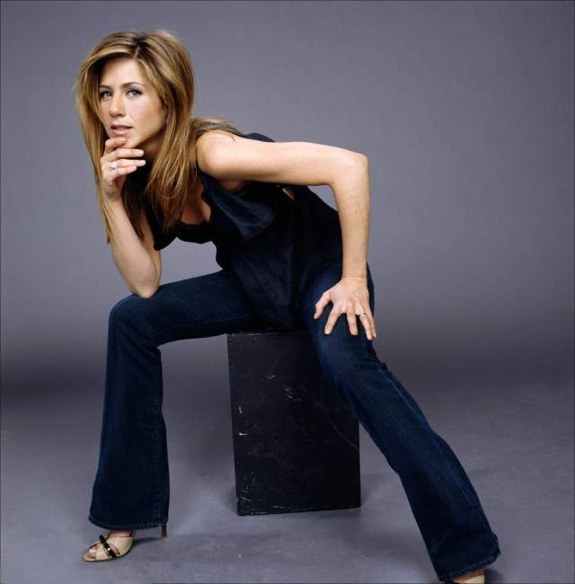 Jennifer Aniston sexy pictures