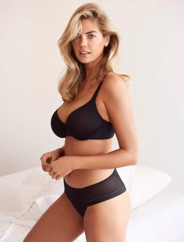 Kate Upton bare thighs (3)