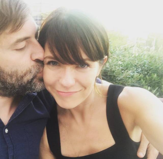 Katie Aselton cleavage pic