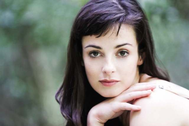 Laura Donnelly hot pic (1)
