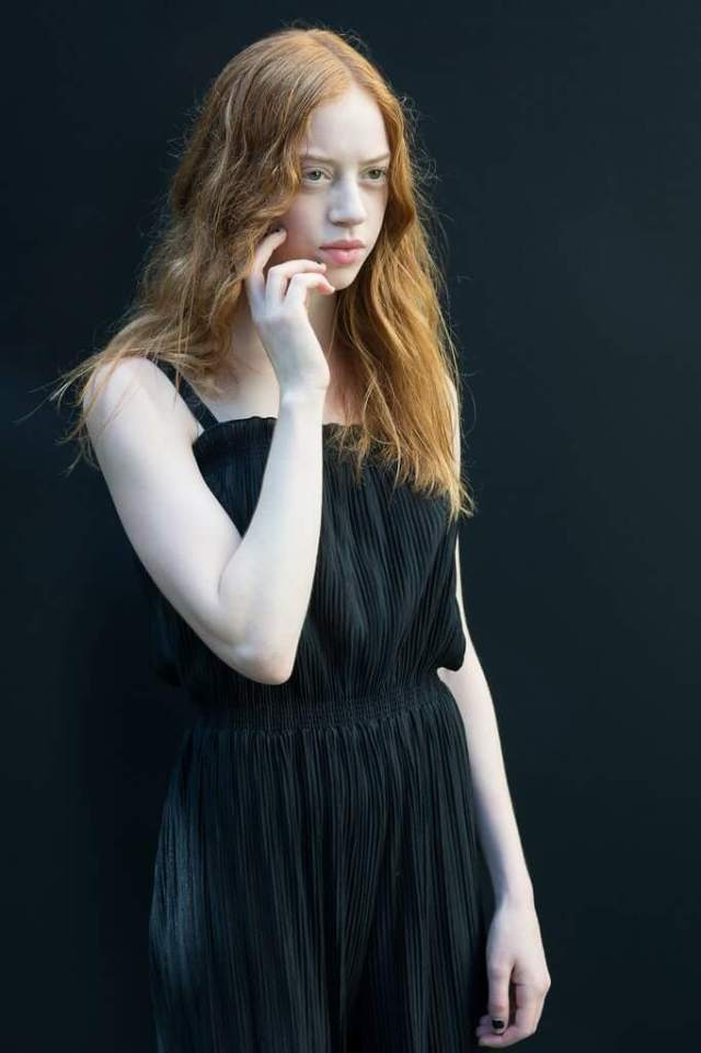 Lily Newmark sexy black dress pic