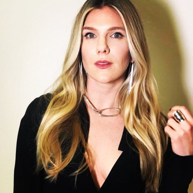 Lily Rabe hot hairs pic (2)