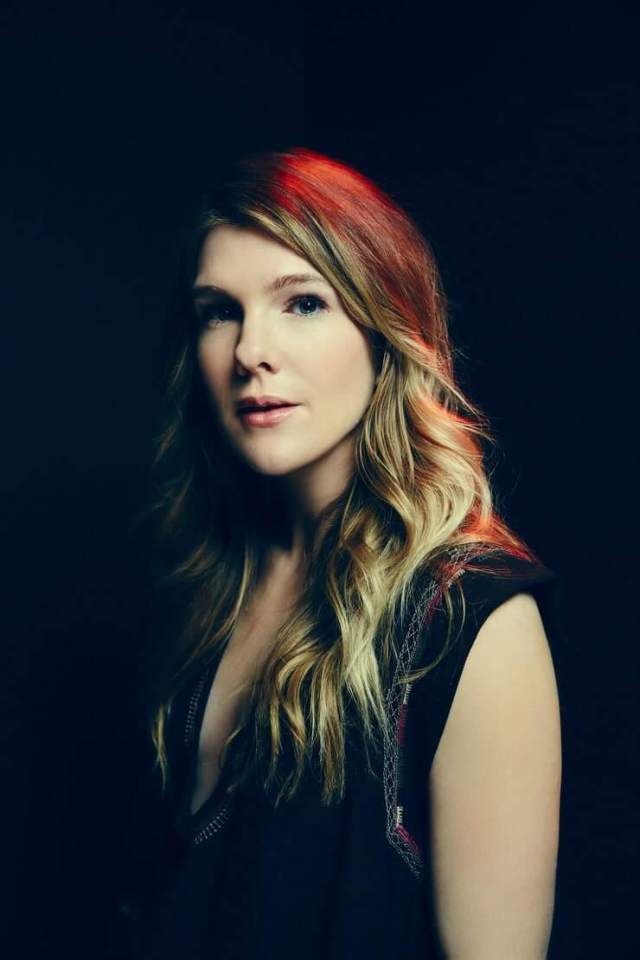 Lily Rabe sexy hairs pic