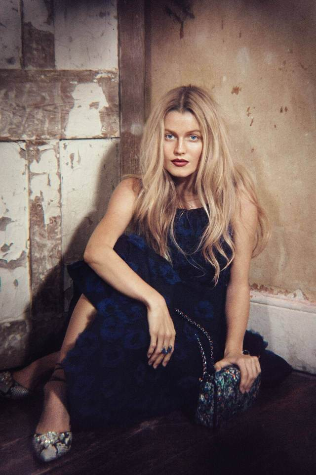 Lily Travers awesome pictures
