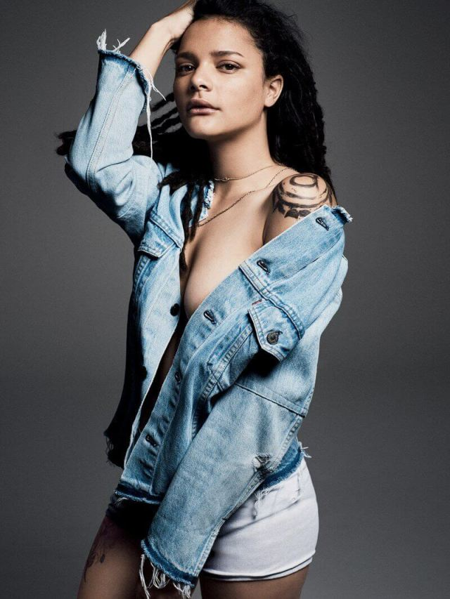 Sasha Lane sexy pictures