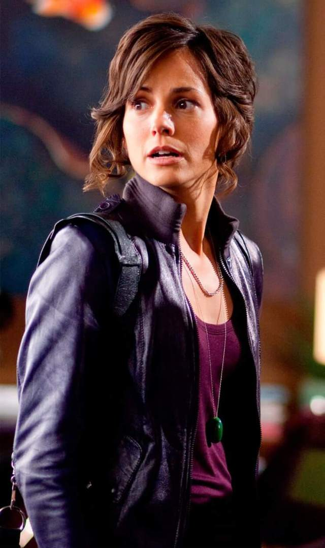 Stephanie Szostak awesome
